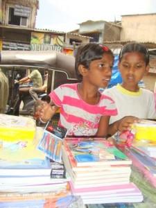 Distribution de fournitures scolaires, un événement très attendu !